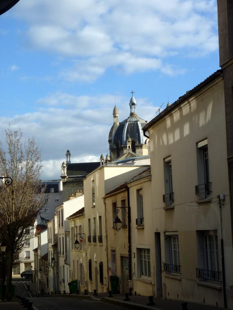 Par-dessus les toits