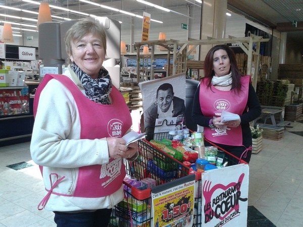 De nombreux bénévoles ont assuré la collecte 2016 des Restos du Coeur à Châtillon sur Seine...
