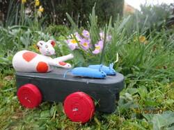 0A560 Le chat et les souris