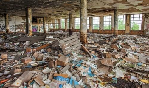 Detroit 2 by Thomas Hawk