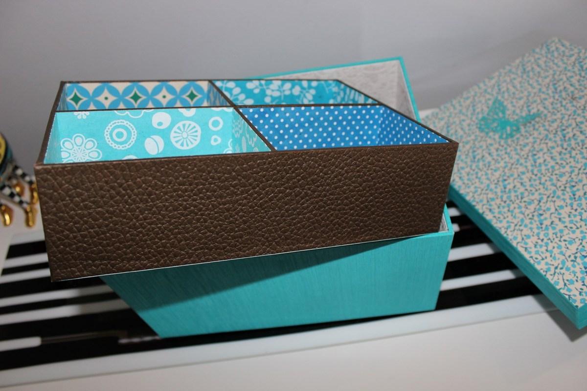 le casier couvert avec du skivertex imitation cuir marron