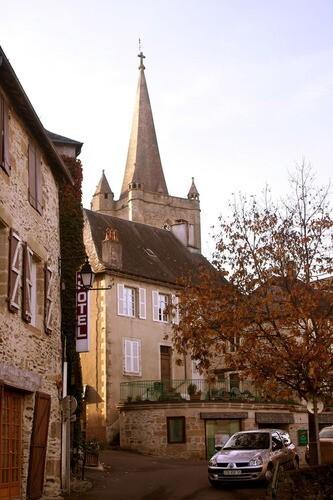 Donzenac-ruelles.jpg