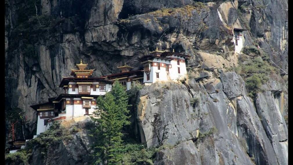 """Résultat de recherche d'images pour """"Monastère de Taktsang"""""""