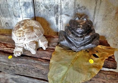 """Exposition de sculptures, """"Pierres lumineuses"""" chez Fabien Ansault à Chamesson"""