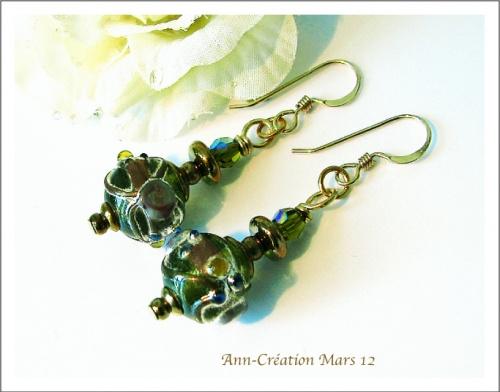 Boucles Perles Indiennes Vertes / Plaqué Or 14kt Haute tenue