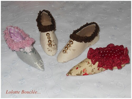 """Ma broderie en cours et """"petits souliers""""..."""