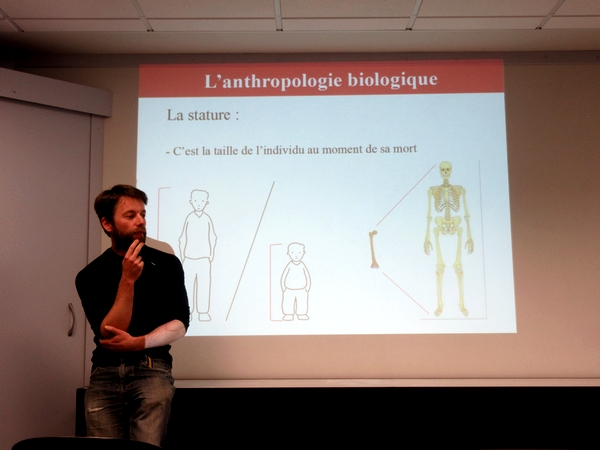 Des séances d'archéo-anthropologie  ont eu lieu au Musée du Pays Châtillonnais-Trésor de Vix durant les vacances de printemps 2019