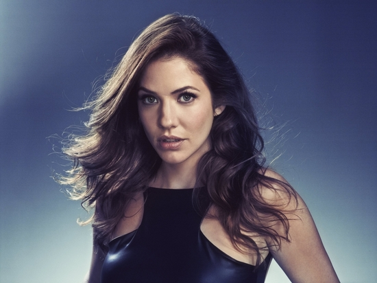 1118full-julie-gonzalo