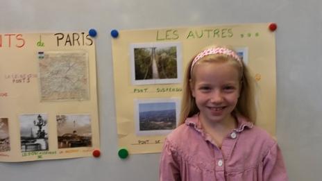 Capucine présente les ponts de Paris