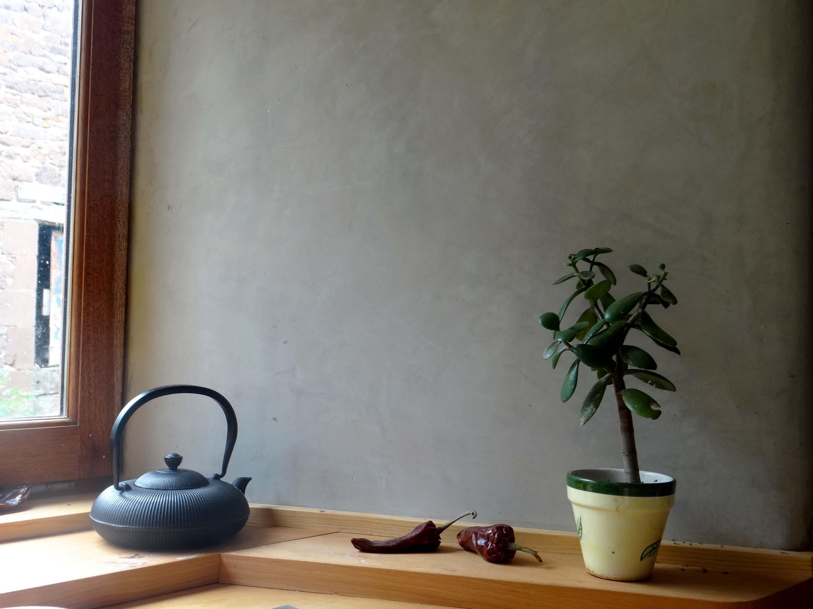 Finitions d 39 argile ou de chaux sgraffito st phanie for Tadelakt cuisine