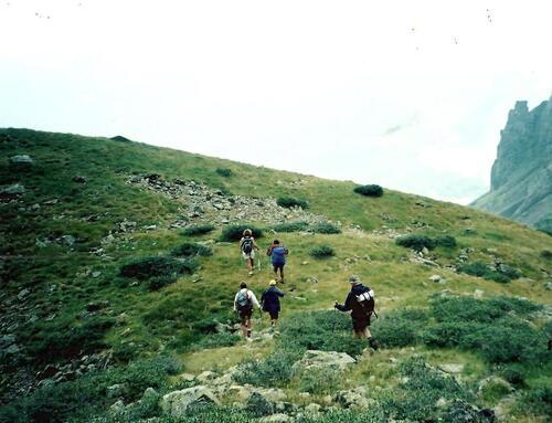 ARBIZON - RandoGéologie - IDOCRASES, GRENATS -Dept 65