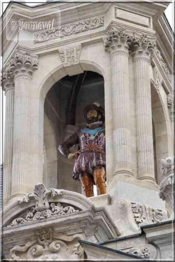 La rochelle Hôtel de Ville statue d'Henri IV