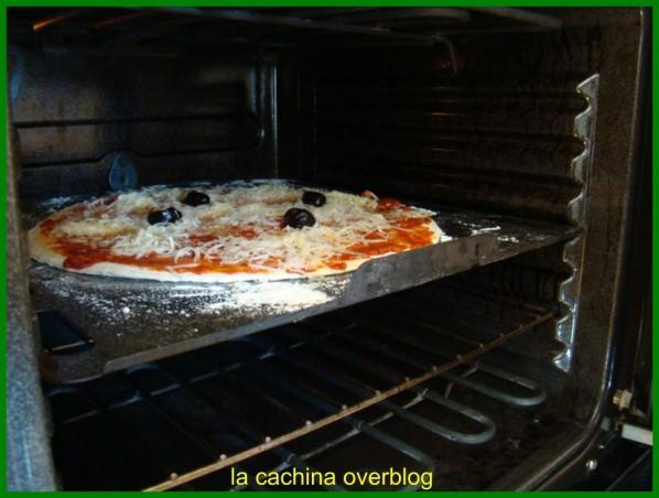 pizza-2--2-.JPG