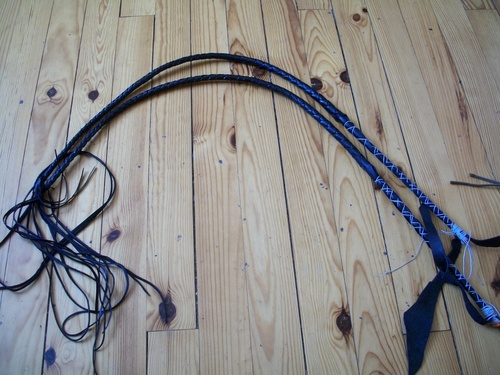Making of 8ft cowhide bullwhip pair (3)