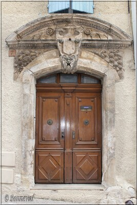 Saint-Saturnin-lès-Apt Maison dite Le Palais 18ème siècle comte de VintimilleVaucluse