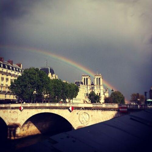 JoYeUx ANNiVeRsAiRe  ,Paris2