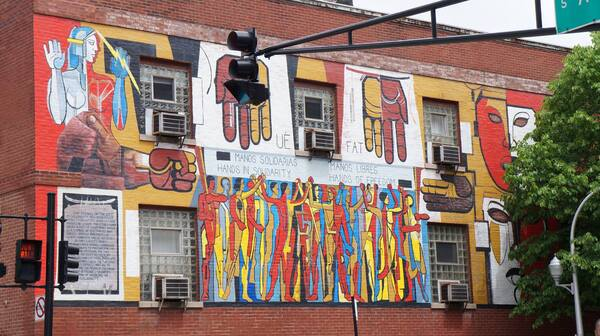 # 6 - street art bucktown.
