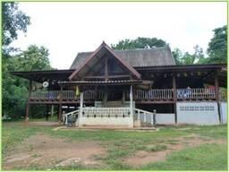 Temple bouddhiste du village