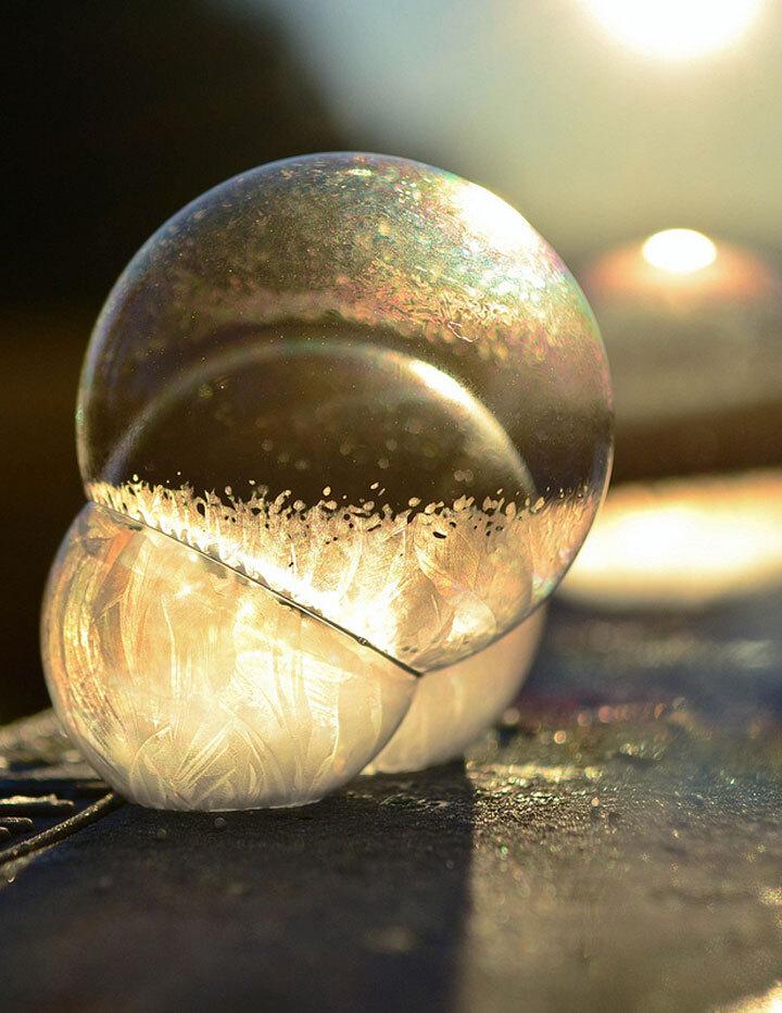 des-sumbliles-bulles-de-savon-gelees-par-le-froid5