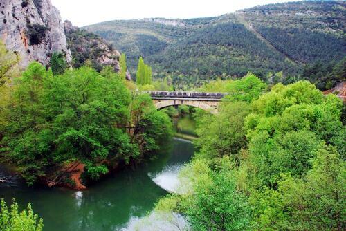 Pont sur le fleuve Ebre