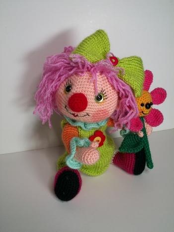 petite clownette au crochet