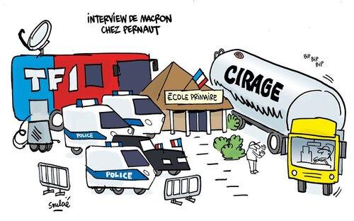 La vaseline est gratuite pour Macron.