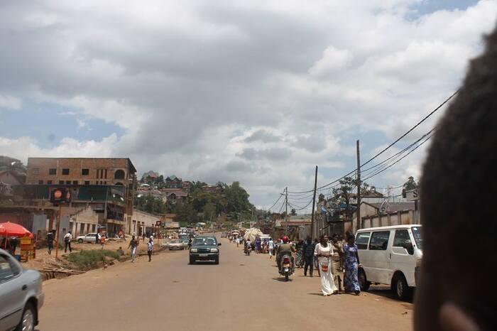Catastrophes Étranges - Le lac Nyos Au Cameroun -