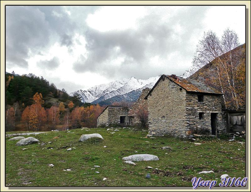 Vue côté nord à partir de l'estive de Bonabé (Alt Aneu) - Pallars Sobirà - Catalogne - Espagne