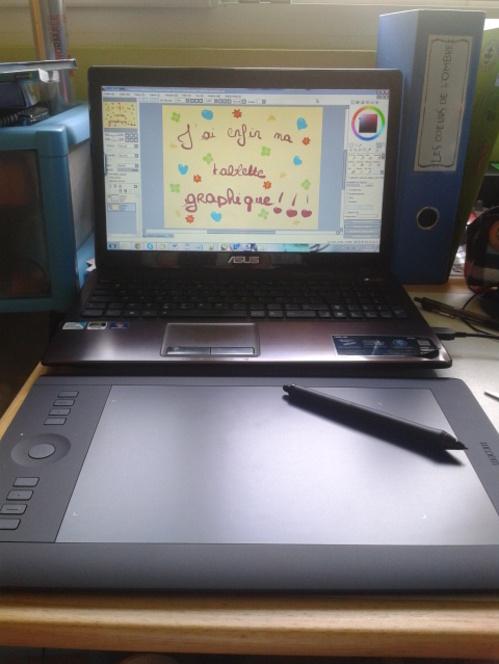 J'ai enfin reçu ma tablette graphique! ♥