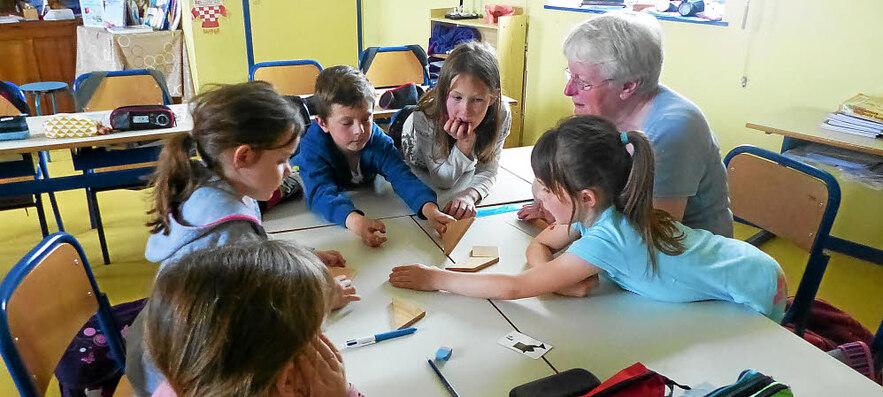 En participant à divers ateliers, les enfants de l'école Saint-Jean ont eu la possibilité de mieux connaître leur fonctionnement.