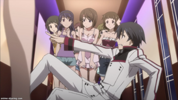 [whine-subs]_is_-_infinite_stratos_-_01[h264][720p][7e77a11c].mkv_snapshot_15.09_[21799]