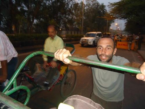 ça plane pour nous à Delhi mais ça ne roule pas!