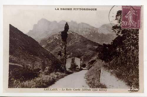 --- Saillans - route des gorges de St Moirans entre le Villard et les Courts --- années trente du vingtième siècle --
