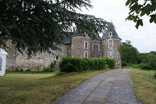 29-Chateau Blaison 2