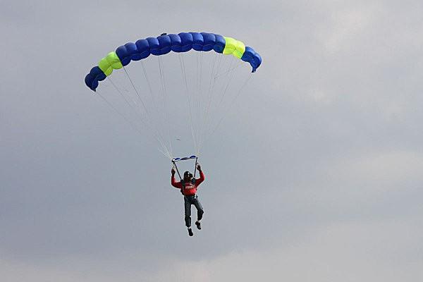 parachutiste médis3