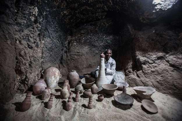 Des chercheurs égyptiens dévoilent une tombe de 3300 ans