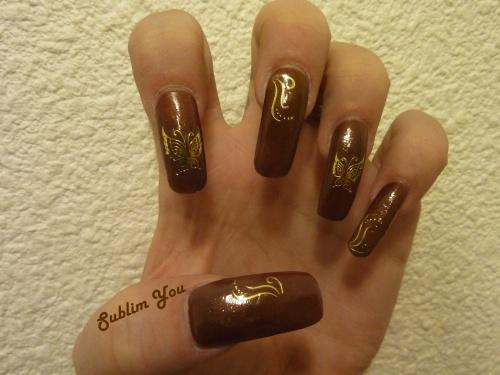 Déco Expresso ( Risqué Niasi ) et papillon en or