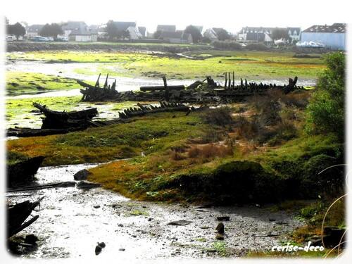 le cimetière de bateaux du port du guilvinec