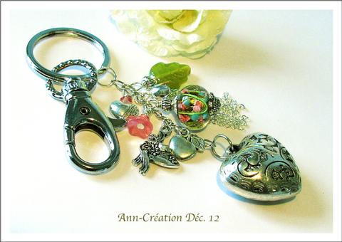 Porte-clés / Bijou de Sac Vert - Rose, Verre Lampwork / Métal argenté