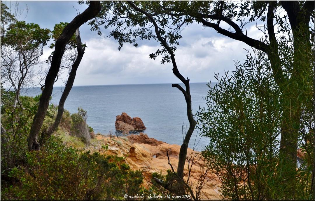 Chemin du littoral. Galéria Corse