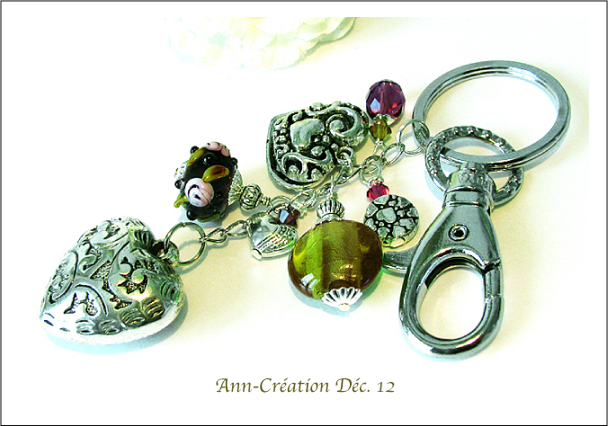 Porte-clés / Bijou de Sac Vert - Prune, Verre Lampwork, Cristal / Métal argenté