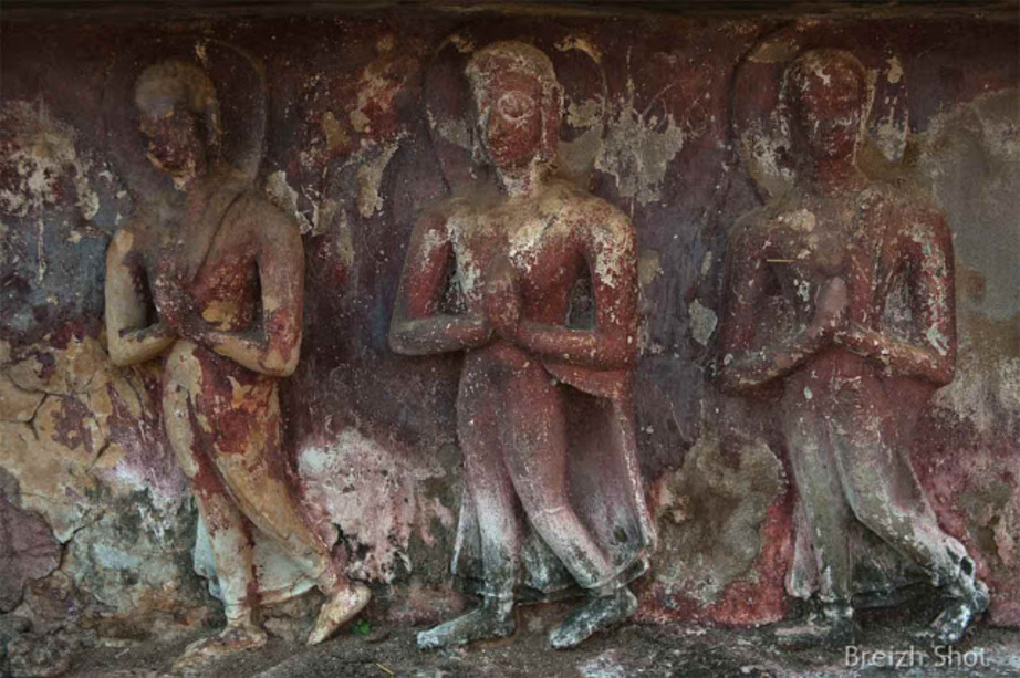 Wat Mahathat - Sukhothaï :  Fresques de Bouddha