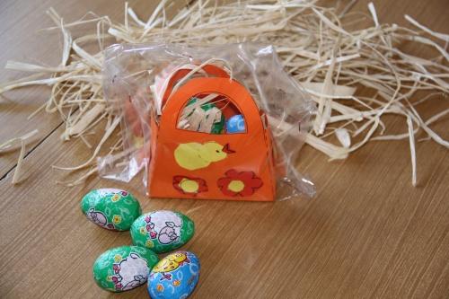 Objet de Pâques fabriqué par les élèves de CE1.