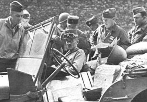 * Langatte (Moselle) inaugure sa borne du Serment de Koufra