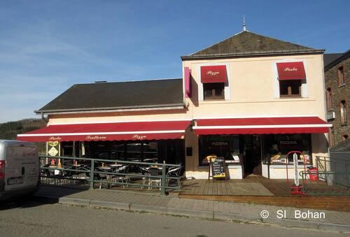 Patrizia reprend son restaurant sur le pont de Bohan