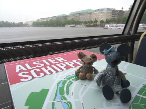 Nous n'avons pas çômé à Hambourg!