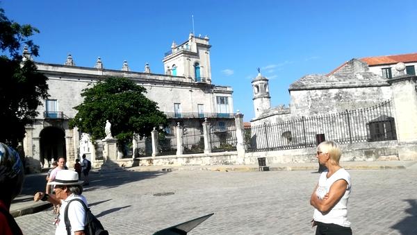 J.12: La Havane