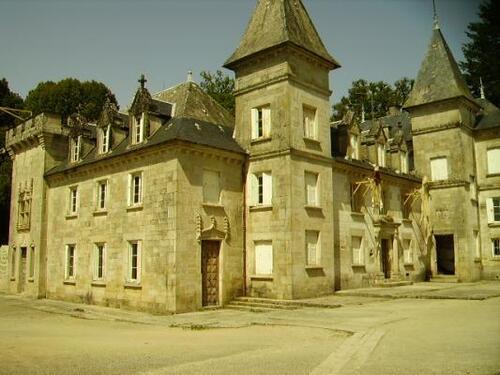 Peyrat-le-Château  (Haute-Vienne)