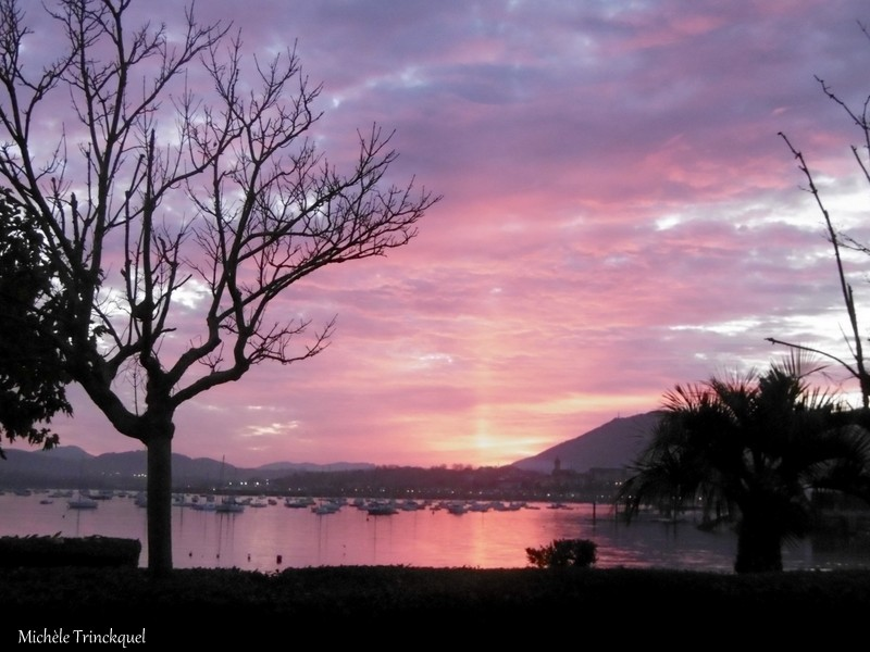 Ciel du soir à HENDAYE (64), le 6 décembre (suite)...