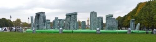 Fiac Invalides Deller sacrilege Stonehenge 40996